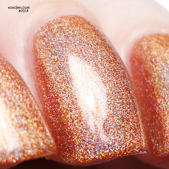 xoxoJen's swatch of kbshimmer Smashed