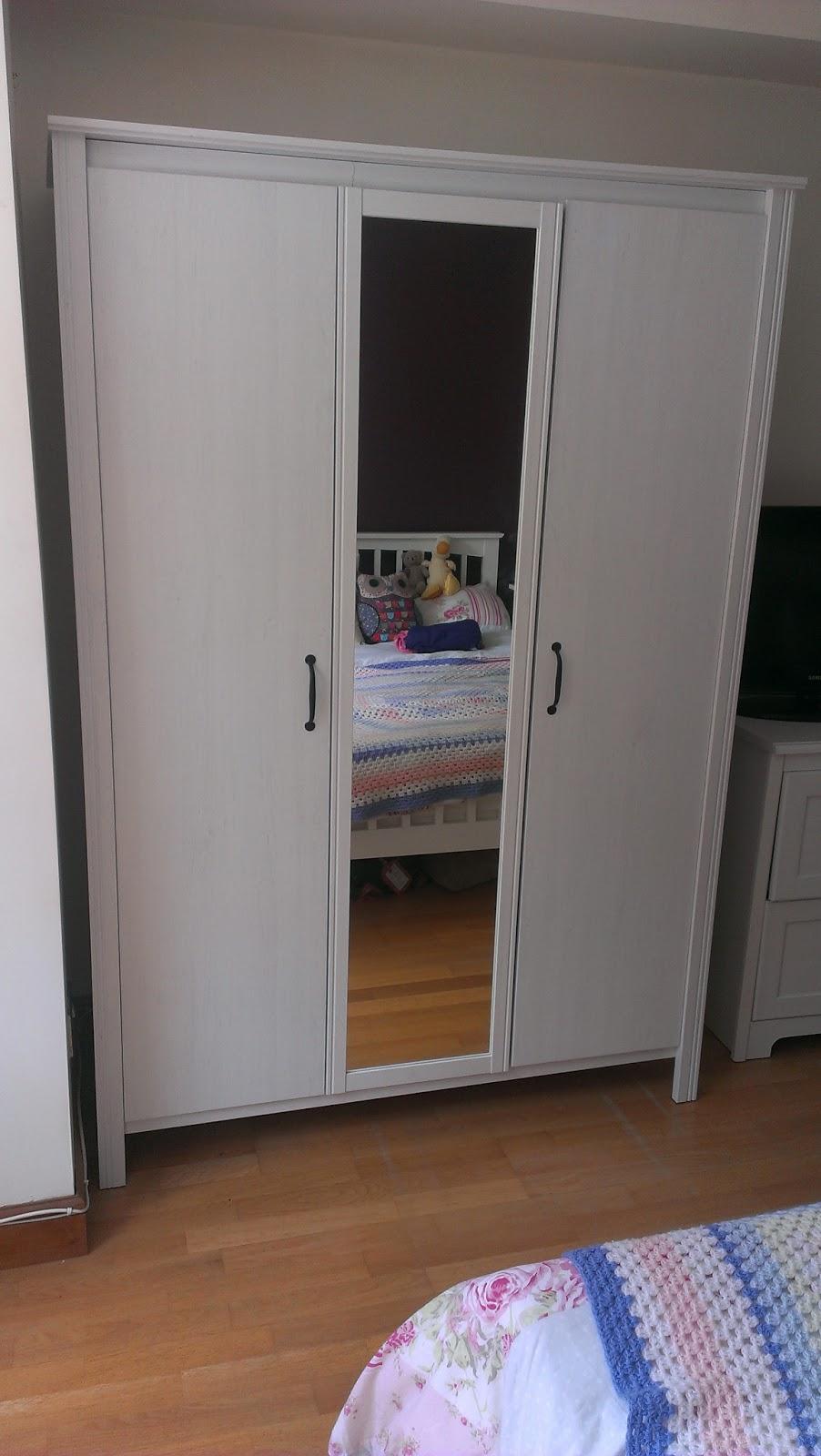 ikea aspelund wardrobe inside. Black Bedroom Furniture Sets. Home Design Ideas