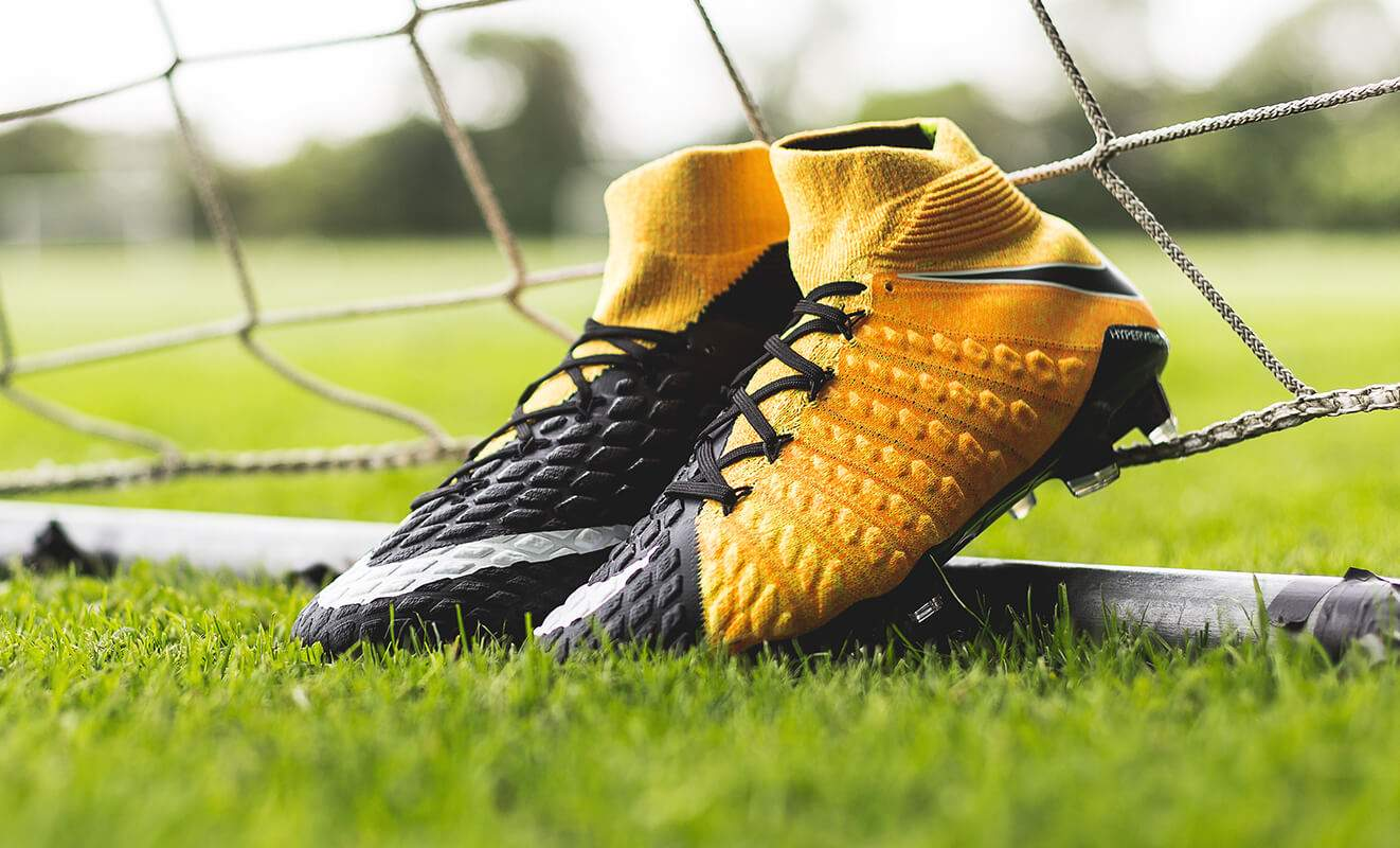 Nike Yellow Football Shoes