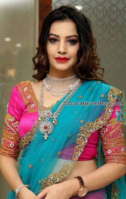Diksha Panth Showcasing Heavy Jewellery
