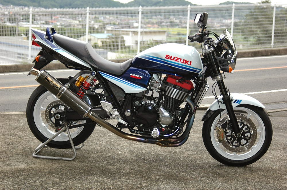 Planet Japan Blog: Suzuki GSX 1400 by Kaminari Racing
