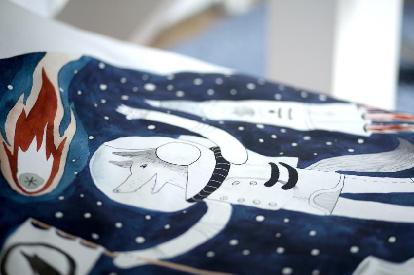 Astronauta na pościeli