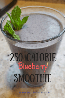 250 Calorie Blueberry and Mixed Fruit Smoothie