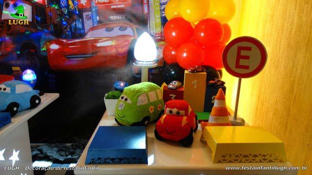 Decoração mesa de tema Carros (Disney)