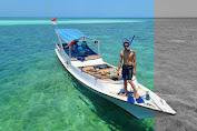 Destinasi Wisata Snorkeling di Pulau Sapekan Sumenep Dengan Keindahan Pantainya