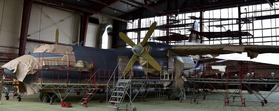 Повітряні Сили за 132 мільйони відремонтують 44-річний літака для підготовки штурманів