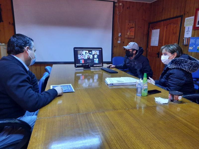 Puyehue: Reunión entre Ministra y Alcaldesa por tratamiento de aguas servidas