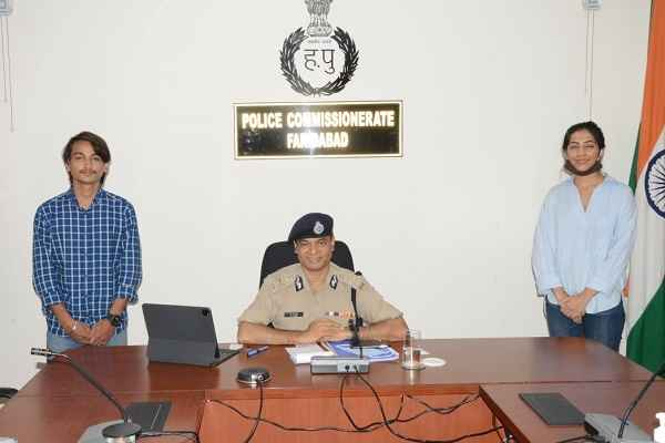 faridabad-police-commissioner-op-singh-launch-anti-bulling-campaign