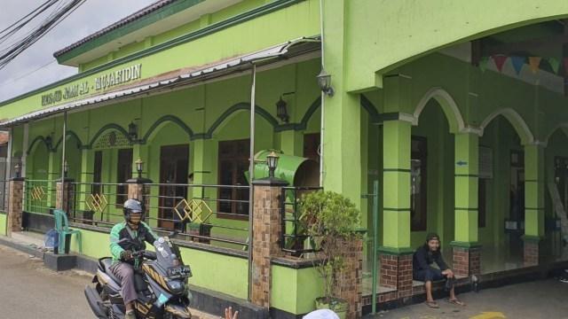 Imam Masjid Di Depok Nyaris Ditikam Orang Tak Dikenal