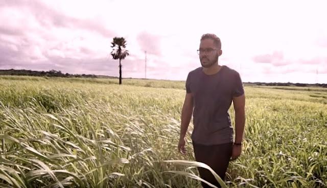 """""""Aba Pai"""": clipe de Jeosafá Pimentel supera 100 mil visualizações"""