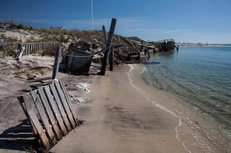 dampak kerusakan ekosistem laut abrasi