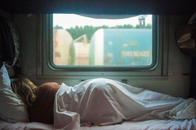 كيف احسن نومي واستمتع براحة اكبر؟