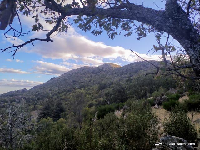 ruta de senderismo a las Machotas El Escorial
