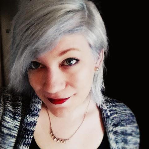 Manic panic, grey, silver, white, hair, graue Haare färben, silberne Haare, Marie Graßhoff, Autorin, Schreiben, Kreativität