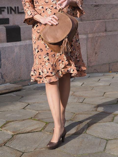 Oasis Finland Loganberry Kukkamekko, Business Woman Helsinki