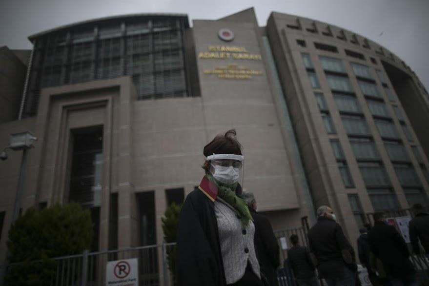 Κομισιόν: Καλούμε την Τουρκία να απελευθερώσει επειγόντως τον Οσμάν Καβαλά