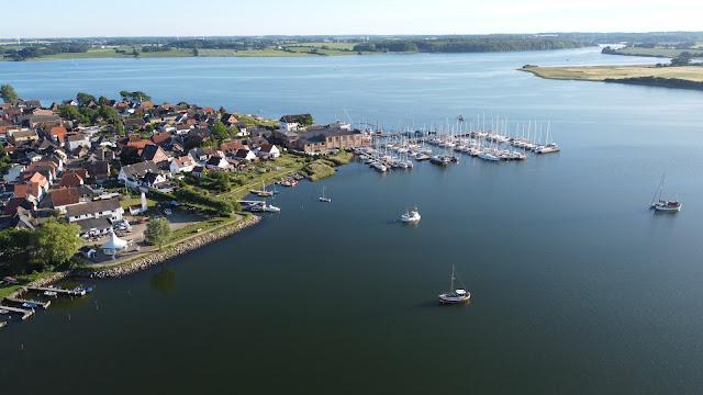 DJI Drohnenflug über Maasholm (Ostsee)