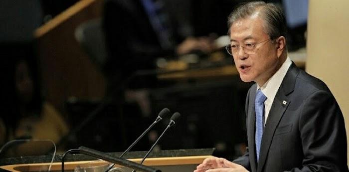 Demi Atasi Corona, Presiden Moon Jae-in Dan Jajarannya Kembalikan 30 Persen Gaji Ke Kas Negara