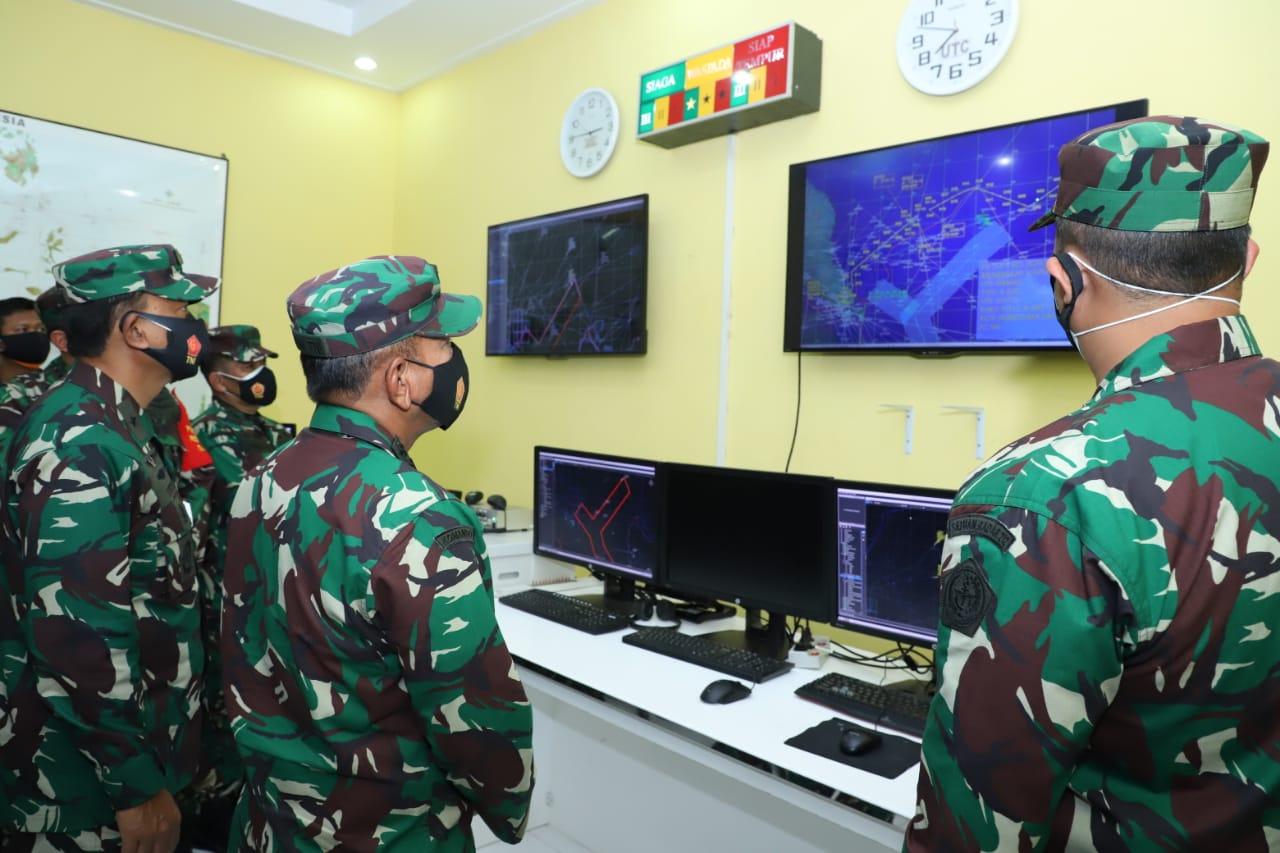 Kasum TNI Pantau Pengamanan Pulau Terluar di Natuna