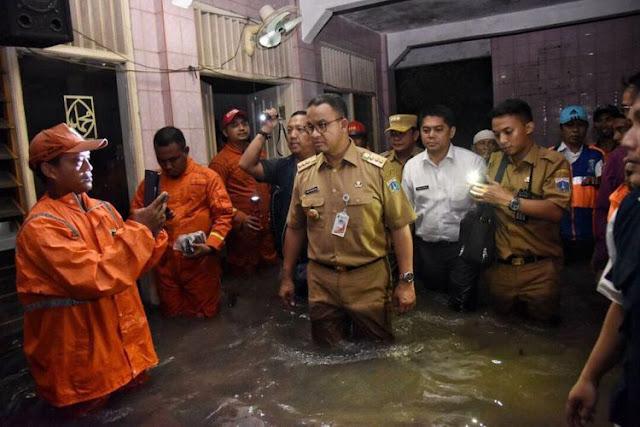 Anies: Banjir dan Genangan di Jakarta Kemarin, Itu Tanggung Jawab Saya