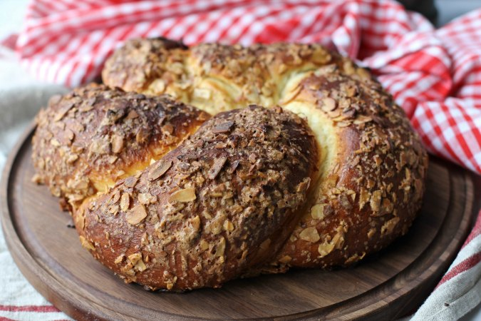 Ciambella Mandorlata an Italian Easter Bread with cinnamon almond topping