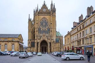 Ailleurs : Cathédrale Saint Etienne de Metz, dix anecdotes insolites pour découvrir un chef-d'oeuvre gothique