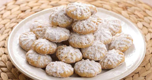 Kahk (Sugar Cookies)