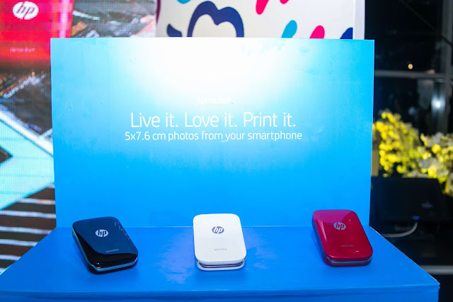 Meet HP Sprocket -The new pocket-sized photo printer that instantly prints 5 x 7.6 cm sticky-back photos from your smartphone