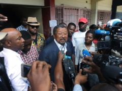 Libreville (AFP) - Gabon's main opposition candidate Jean Ping said Sunday he had won a presidential election, beating the incumbent Omar Bongo.  Official results of Saturday's vote are due out on Tuesday. Gabonese presidential candidate Jean Ping (C) speaks to journalists in Libreville before voting on August 27, 2016. By Steve Jordan (AFP)