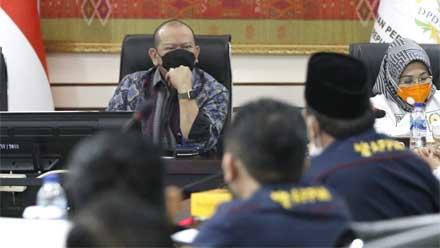 Ketua DPD RI Rapat Kerja dengan Menaker