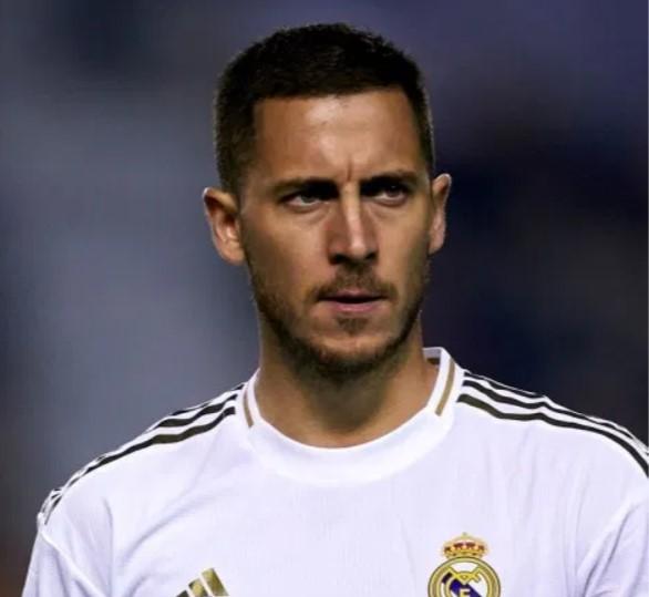 إيدن هازارد يعترف بموسمه الأول في ريال مدريد