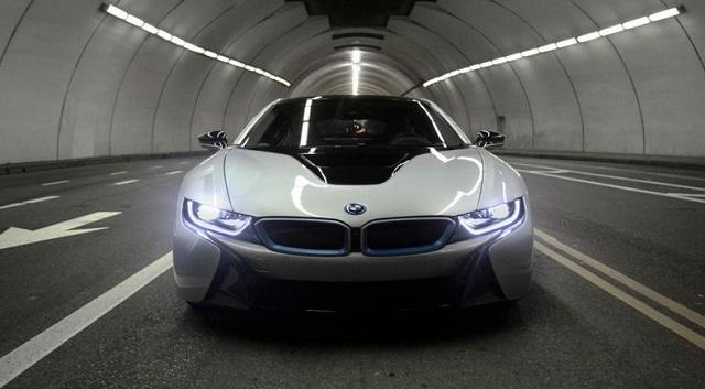 Spesifikasi Dan Harga BMW i5 - Otogrezz