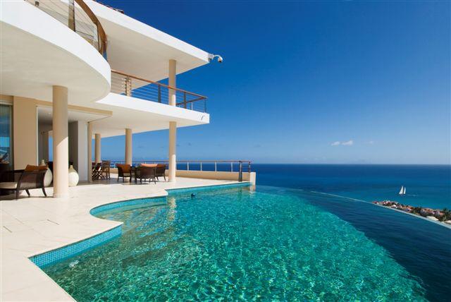5 View Villa menjadi alasan untuk menginap disana