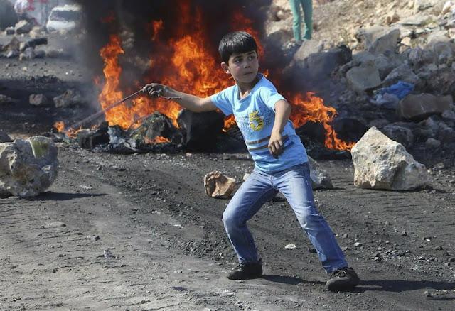 Palestine kids 24