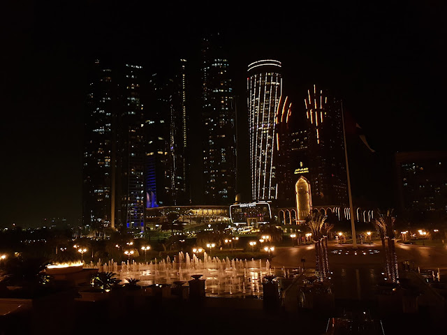 Panorama dal ristorante Hakkasan Emirates palace Abu Dhabi