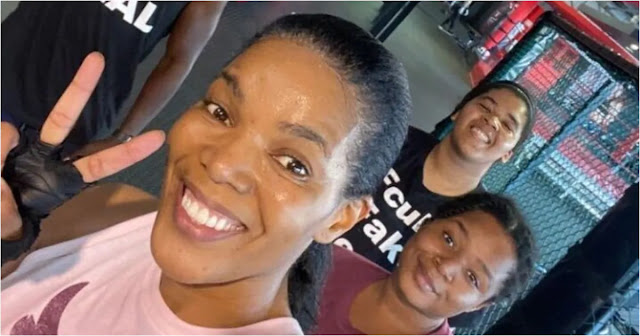 Connie Ferguson and her daughters
