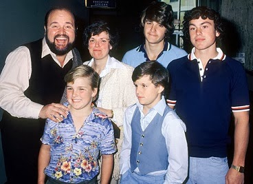 Boomer S Beefcake And Bonding Dom Deluise And Sons Gay Stereotypes Were A Step Forward