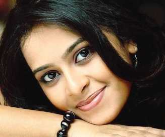 Sri Divya Wiki, Height, Weight, Age, Husband, Family and Biography