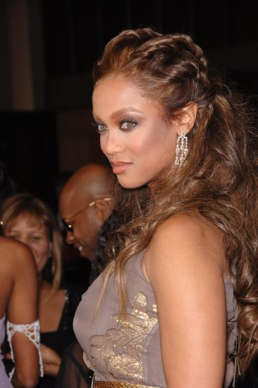 Astounding Tyra Banks Different Hairstyles Angled Bob Hairstyle Short Hairstyles Gunalazisus