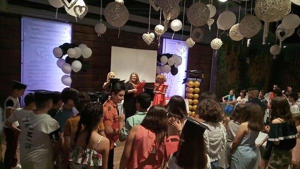 Λαμπερή βραδιά αποφοίτησης από τον Σύλλογο Γονέων του 1ου Δημοτικού Καποδιστριακού Σχολείου Άργους