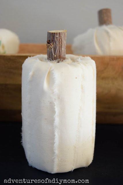 quick and easy toilet paper pumpkins