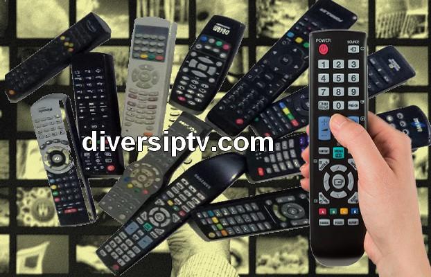 مجموعة من الأجهزة الفضائية وأنواع ملفات الإيبي تيفي التي تناسب كل نوع  منها Extensions IPTV