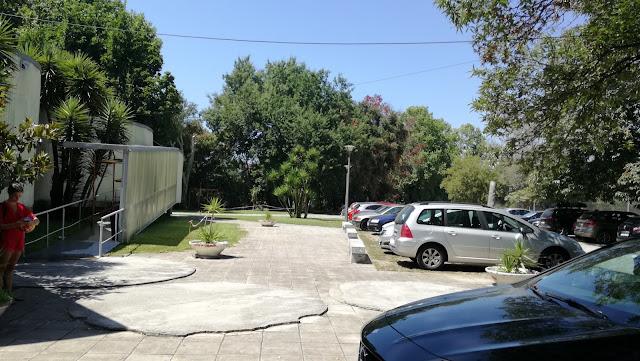 Parque de estacionamento para carros