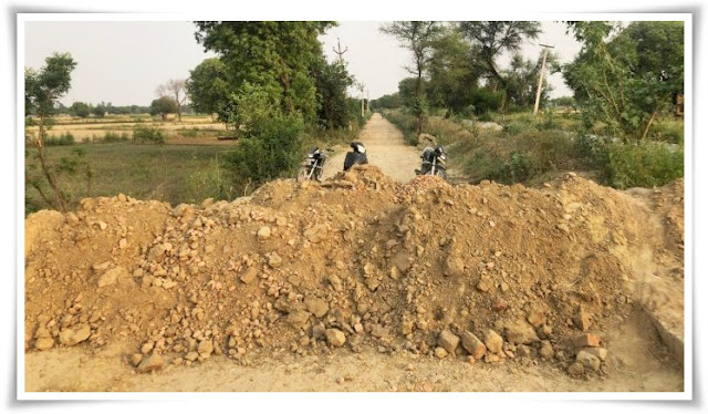 Villagers dig up roads to stop 'Covid carriers' from Delhi