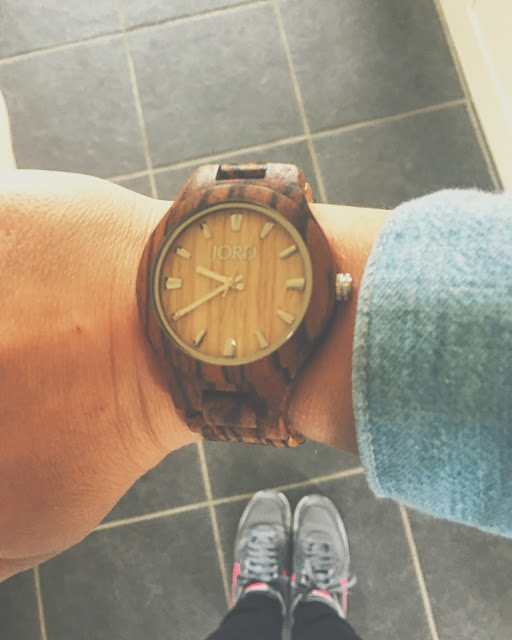 http://www.woodwatches.com/series/fieldcrest/zebrawood-and-maple/#delphineblu
