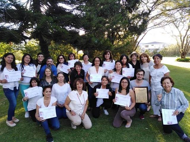 22 cuidadores de adultos mayores fueron certificados por la USFQ
