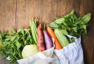 Tips Menyimpan Bahan Makanan Tetap Awet Tanpa Disimpan di Kulkas