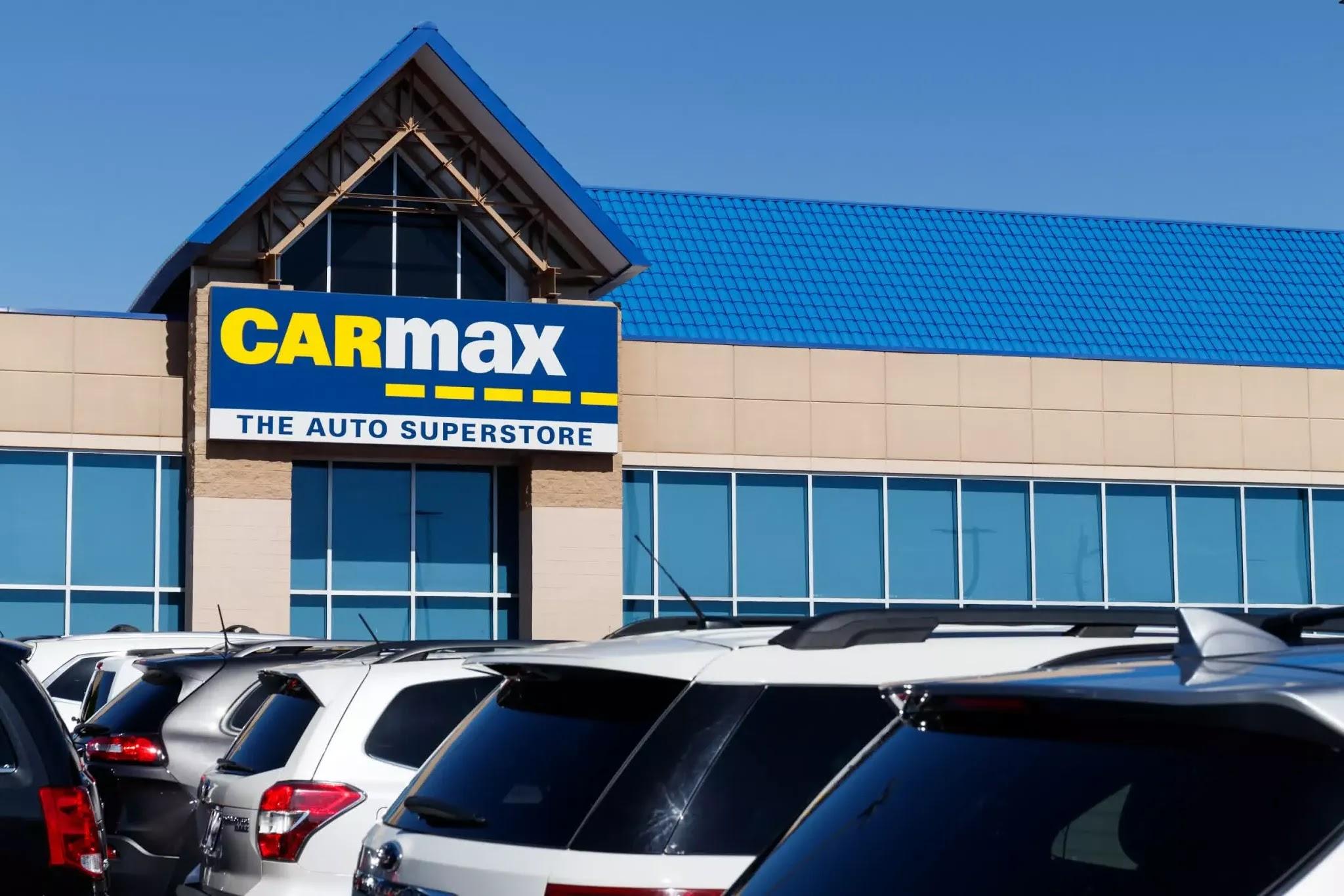 CarMax được thành lập bởi Circuit City (hiện đã không còn tồn tại).