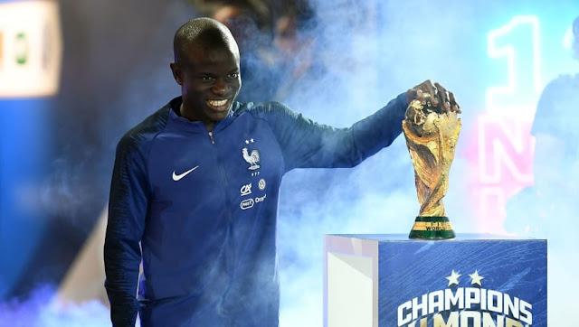 Convoité par Paris et Madrid, N'Golo Kanté a pris sa décision