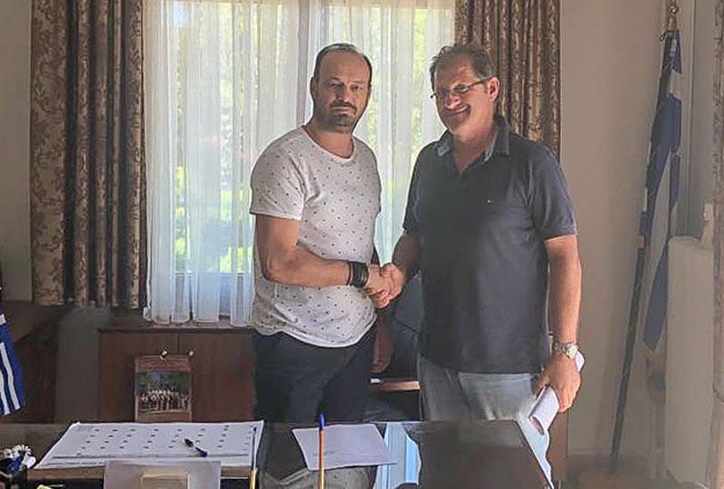 Υπεγράφη το συμφωνητικό για ασφαλτοστρώσεις δρόμων στο Δήμο Μουζακίου